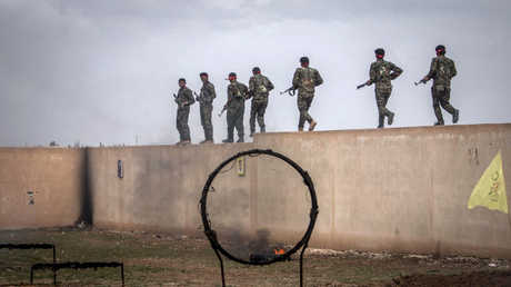 معسكر للمقاتلين الأكراد - أرشيف