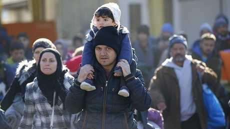 لاجئون صورة من الارشيف