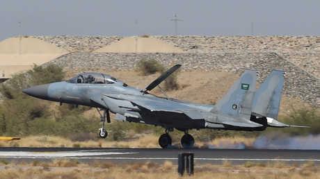 """مقاتلة سعودية من طراز """"F-15"""" -صورة أرشيفية"""