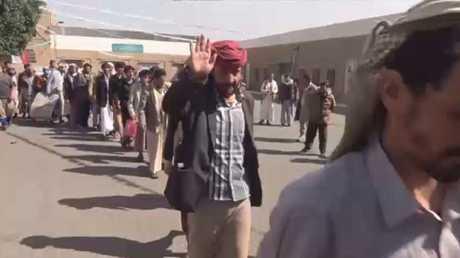 الإفراج عن 200 معتقل في صنعاء