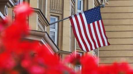 إحدى شرفات السفارة الأمريكية في موسكو
