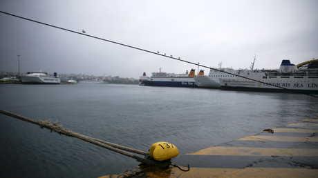 ميناء في اليونان