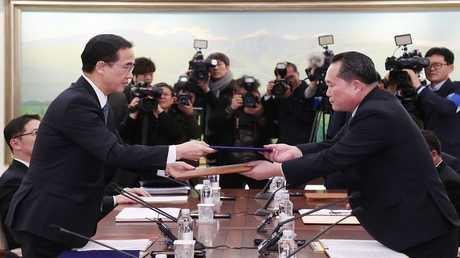 مباحثات بين ممثلين عن كوريتين الشمالية والجنوبية