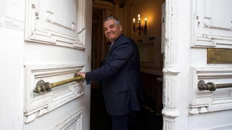 وزير الدفاع البلجيكي ستيفن فاندبوت