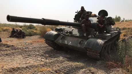 دبابة تابعة للقوات السورية الحكومية