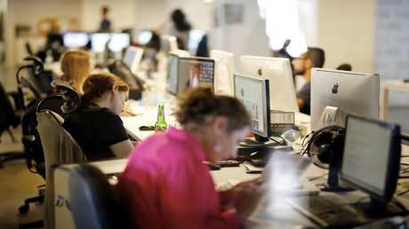 الجلوس وقتا طويلا للعمل خطر حقيقي على الصحة