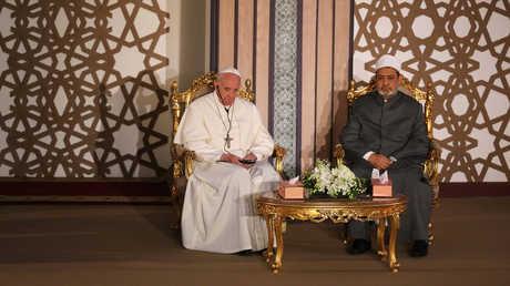 البابا فرنسيس وشيخ الأزهر أحمد الطيب - أرشيف