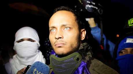 الضابط الفنزويلي المنشق أوسكار بيريز