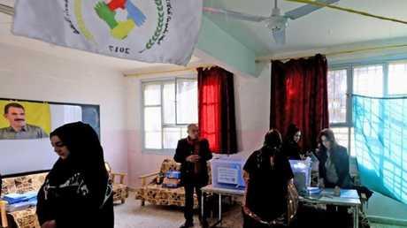 انتخابات في مناطق سورية تحت سيطرة الإدارة الذاتية الكردية - أرشيف