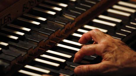 يختلف تأثير انماط الموسيقى في عمل الدماغ