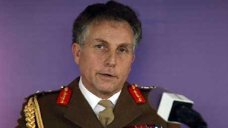 نيكولاس كارتر رئيس هيئة الأركان العامة البريطانية