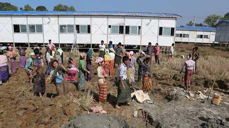 مخيمات اللاجئين الروهينغا في بنغلادش