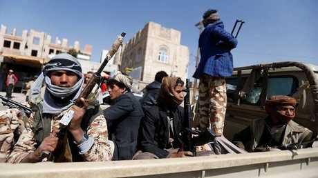 عناصر من مسلحي جماعة أنصار الله الحوثي