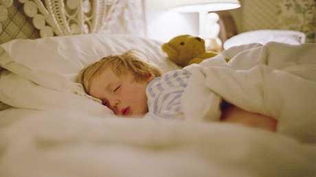 أنماط نوم الأطفال ترتبط بالإصابة بالبدانة والسرطان