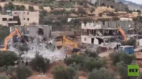 عمليات هدم واعتقالات في الضفة الغربية