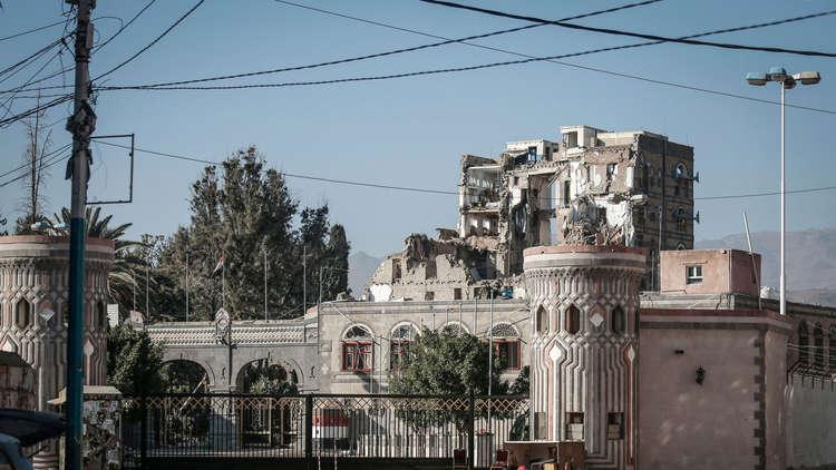 السعودية تلعب لعبة مزدوجة في اليمن