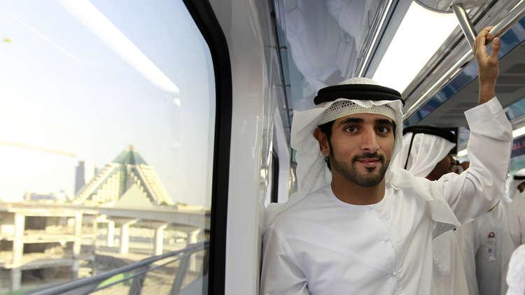 ولي عهد دبي يمتدح العاهل السعودي في مقطع شعري