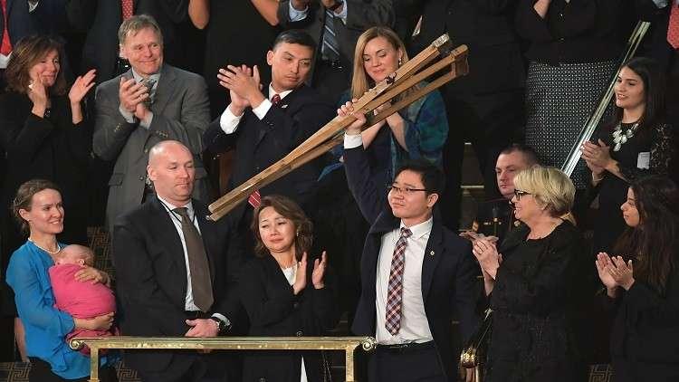 ترامب يستقبل كوريين شماليين هاربين من بلادهم في البيت الأبيض