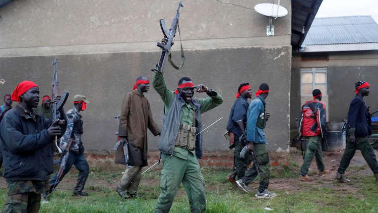 واشنطن تفرض حظرا على تصدير الأسلحة إلى جنوب السودان