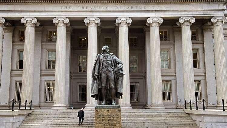 الخزانة الأمريكية تحذر البيت الأبيض من فرض عقوبات على دين روسيا السيادي
