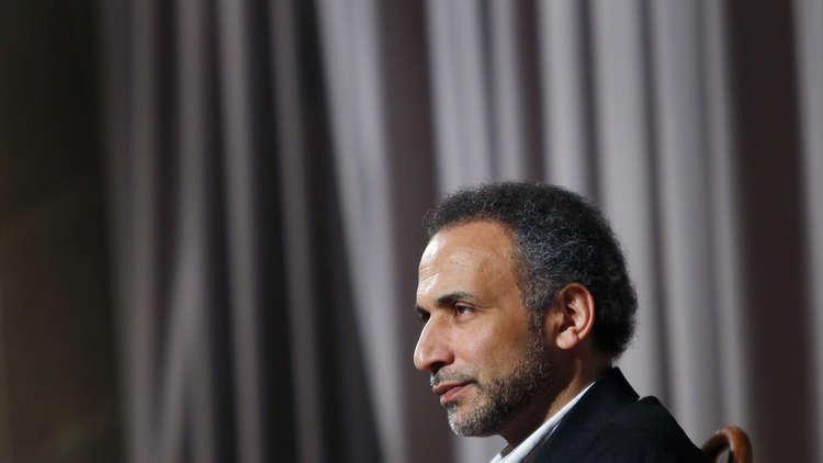 القضاء الفرنسي يوجه تهمة الاغتصاب لطارق رمضان