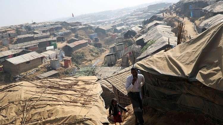 ميانمار تنفي وجود مقابر جماعية للروهينغا في راخين