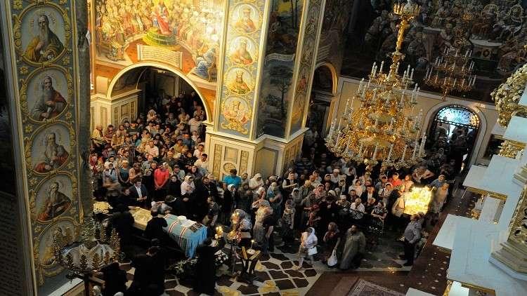 متطرفون يطالبون بهدم كنيسة أرثوذكسية في كييف
