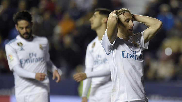 ريال مدريد يتعثر بالتعادل أمام ليفانتي في