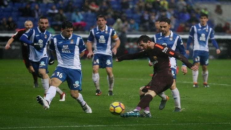 الديربي الكتالوني بين برشلونة ومضيفه إسبانيول ينتهي بالتعادل