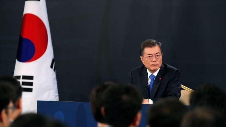رئيس كوريا الجنوبية يلتقي الرئيس الشكلي لكوريا الشمالية