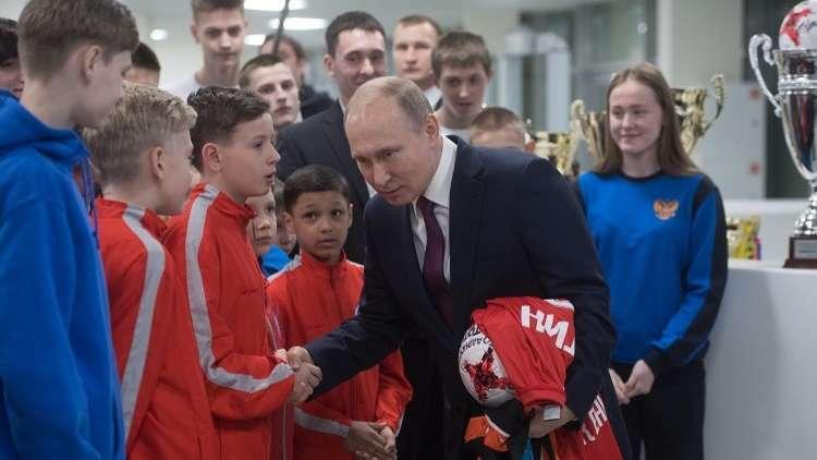 بوتين يلتقي رئيس الفيفا في سوتشي