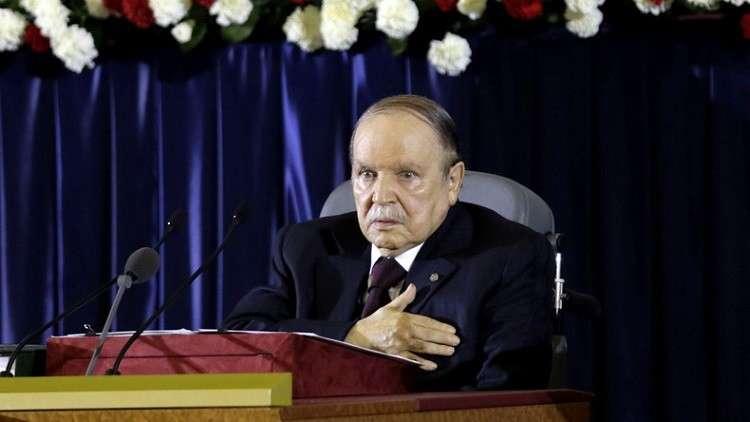 بوتفليقة لروحاني: حريصون على دفع العلاقات بين الجزائر وإيران إلى أعلى المراتب