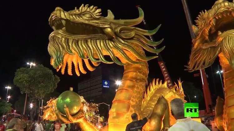 انطلاق كرنفال ريو دي جانيرو الأسطوري