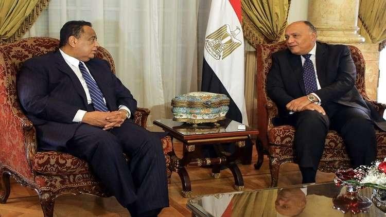 السودان يحتجز مركب صيد مصريا.. والقاهرة تعلق!