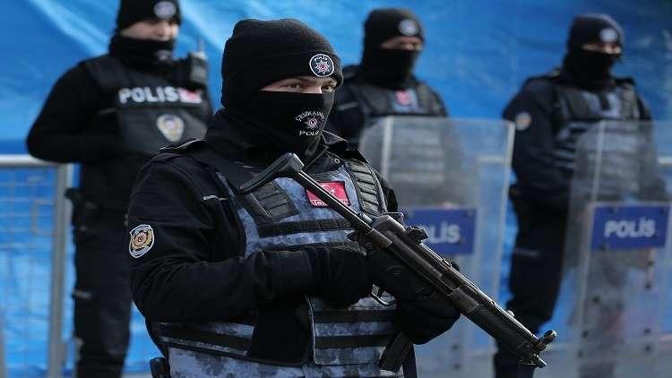 السلطات التركية تفتح تحقيقا بحق مسؤولين في حزب الشعوب الديموقراطي