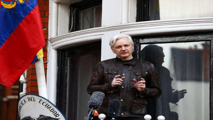 القضاء البريطاني ينظر في إسقاط الحكم الصادر بحق أسانج