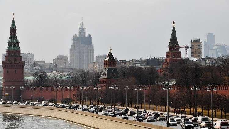 الكرملين: موسكو لن تفرض قانونا يمنع الروس من السفر إلى سوريا