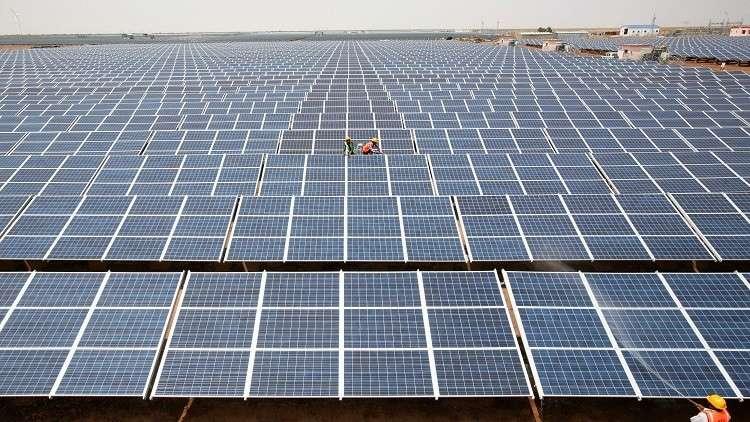 دبي ترصد مبلغا ضخما للاستثمار في مشاريع للطاقة