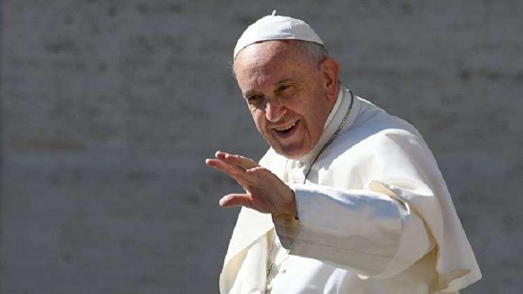 لماذا يرش الكاثوليك رؤوسهم بالرماد في عيد الحب هذا العام؟