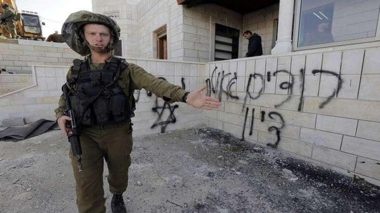 عصابات من المستوطنين يعتدون على ممتلكات فلسطينيين في نابلس