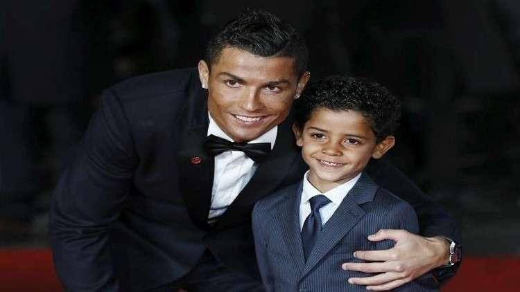رونالدو في خطوة إنسانية يعلن دعمه لأطفال