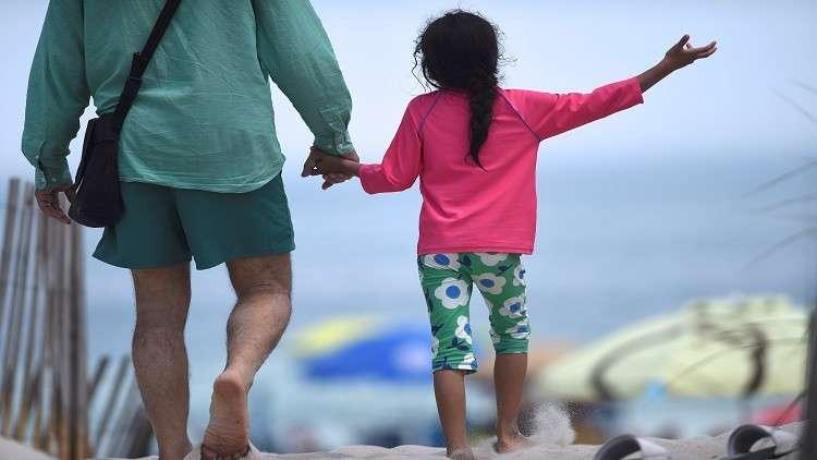 سرطان المبيض ينتقل وراثيا من الأب لبناته