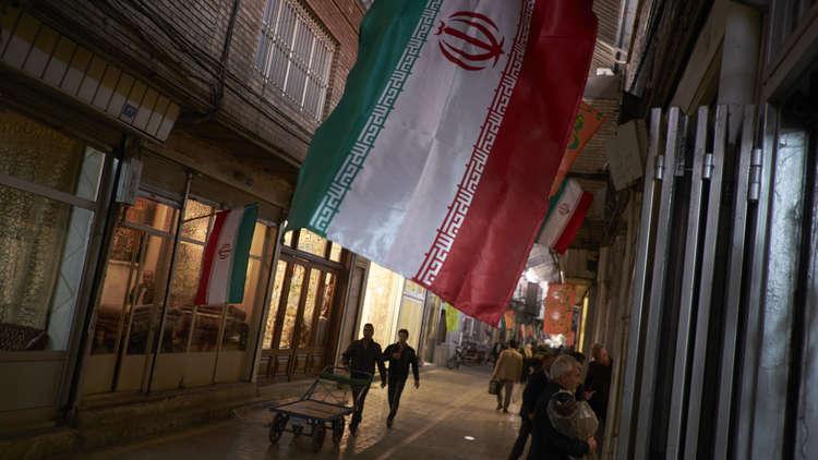 خطوط إيران الحمر: مع العراق والأسد