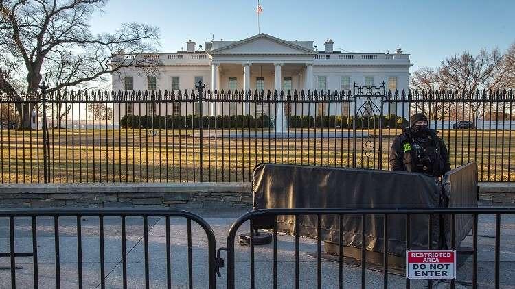 البيت الأبيض: الديمقراطيون والإعلام الأمريكي سببوا فوضى أكثر من روسيا