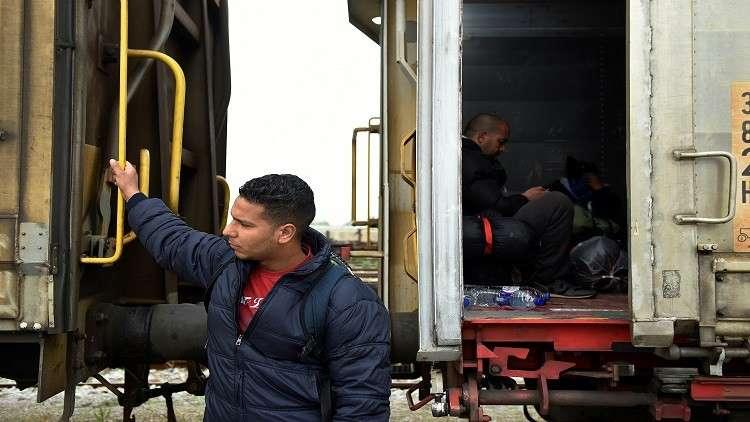 المغرب.. مصرع 6 أشخاص وإصابة آخرين بتصادم قطار مع حافلة