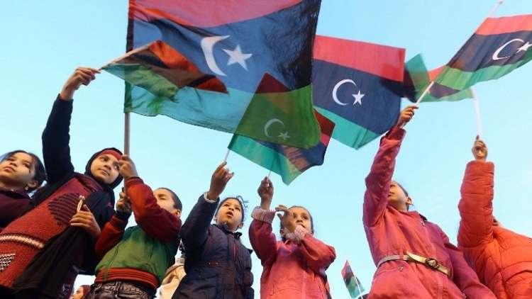 الليبيون يحيون الذكرى السابعة لـ