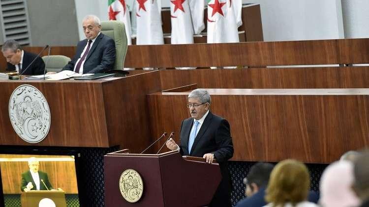 الحكومة الجزائرية تنفي رفع الدعم عن السلع