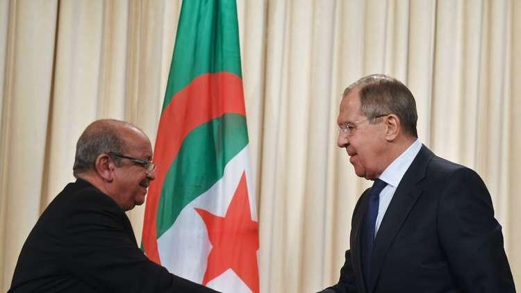 الجزائر: نسعى مع موسكو للوصول لأسعار نفط ترضي الجميع