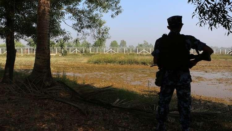 بنغلادش وميانمار تبحثان أزمة الروهينغا النازحين على الحدود