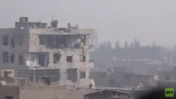 جرحى بقصف على دمشق والجيش السوري يواصل عملياته في الغوطة